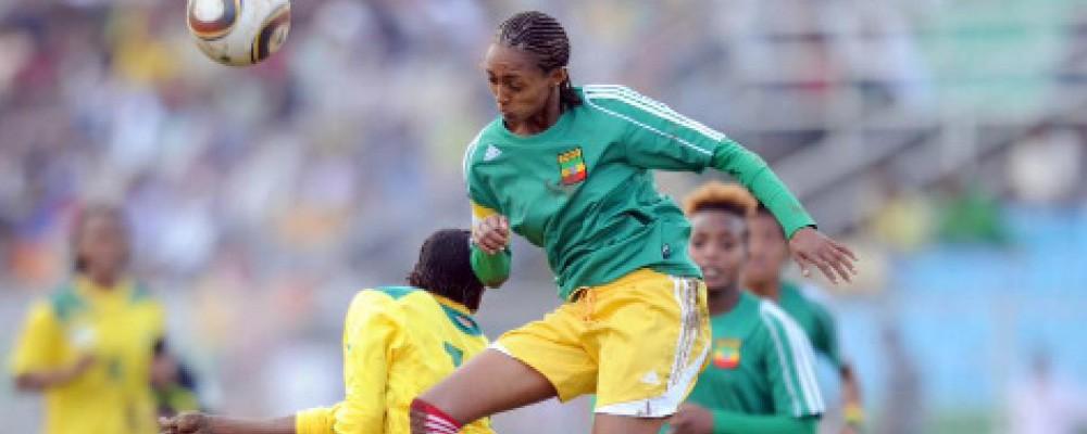 Female-Footballers.jpg